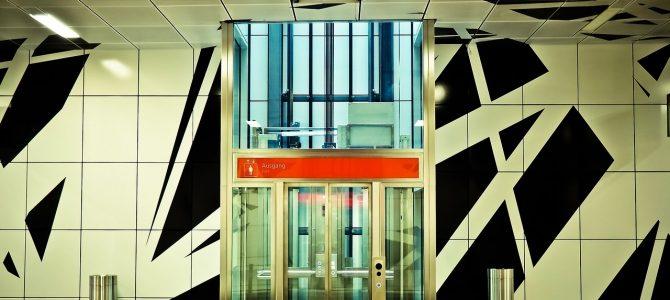 Soy el propietario de un local ¿Tengo que pagar los gastos del ascensor?