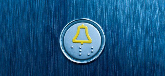 ¿Deben los arrendatarios de vivienda pagar la instalación de un ascensor?