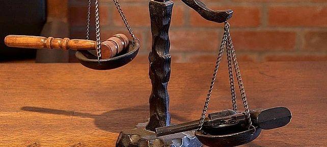 ¿Quién puede instar un proceso judicial contra el arrendatario?