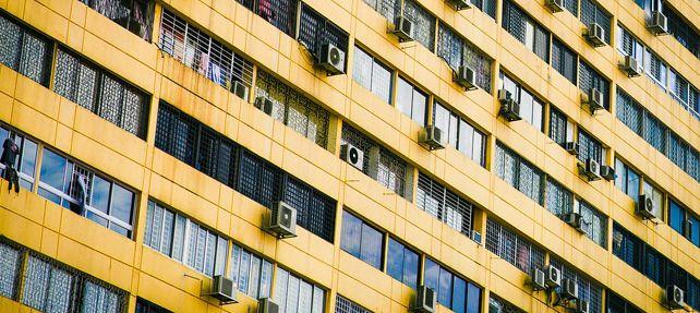 ¿Dónde puedo instalar el aire acondicionado si vivo en Barcelona?