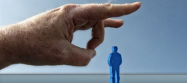 ¿Cuándo puede el casero desistir del contrato de alquiler de vivienda?